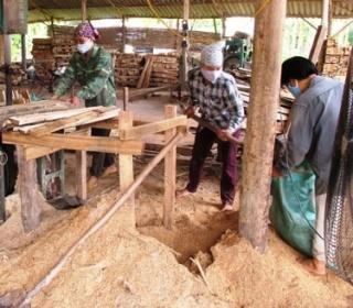 xử lý khí thải, bụi gỗ